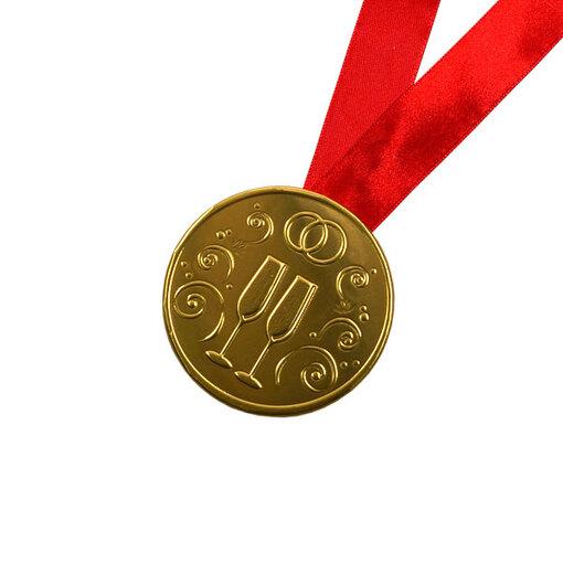 """Шоколадная медаль на ленте """"Свадебная"""" ( лента красная )"""